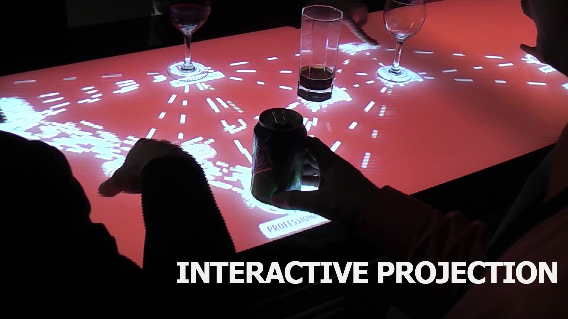INTERACTIVE PROJECTION BY TOUCHEZ